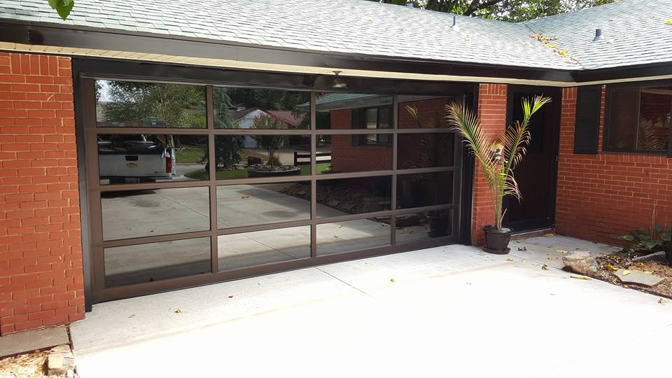 Residential hale 39 s overhead doors for Overhead garage door okc